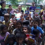 Compassionate_Young_Leaders_Literacy_and_Ethics_Education_Work_in_Slums_of_India_005