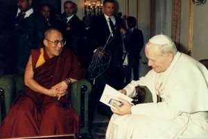 HIS HOLINESS THE DALAI LAMA WITH PEACE AND WORLD LEADERS