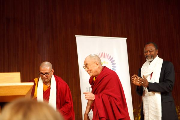 Ven. Tenzin Priyadarshi, HH The Dalai Lama, MIT Chancellor Phillip Clay